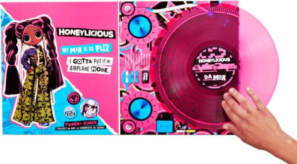 L.O.L. Surprise! OMG ReMix Velká ségra panenka Honeylicious na baterie Zvuk